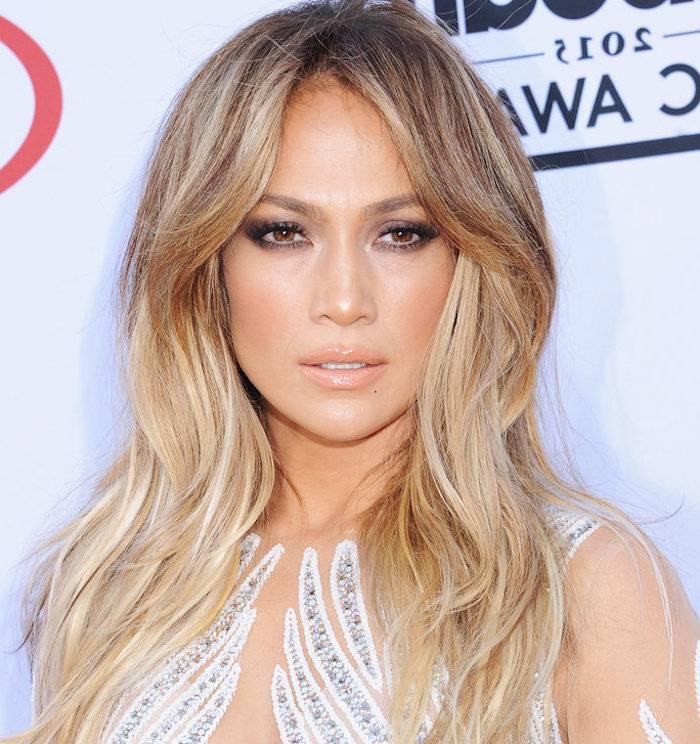 Beide lassen hell gesträhntes oder gefärbtes blondes Haar nicht nur stumpf  und glanzlos wirken,