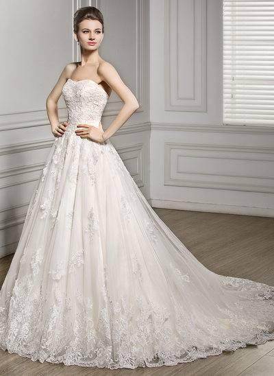 Figurschmeichelnde Plus Size Brautkleider für mollige