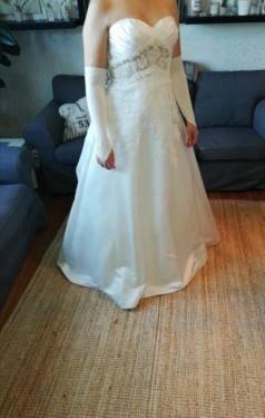 Großhandel well Beige Spitze Brautkleider Elegantes Juwel Organza Land Hochzeitskleider Benutzerdefinierte Perlen Strand Brautkleid Mit Gürtel Von Setwell,