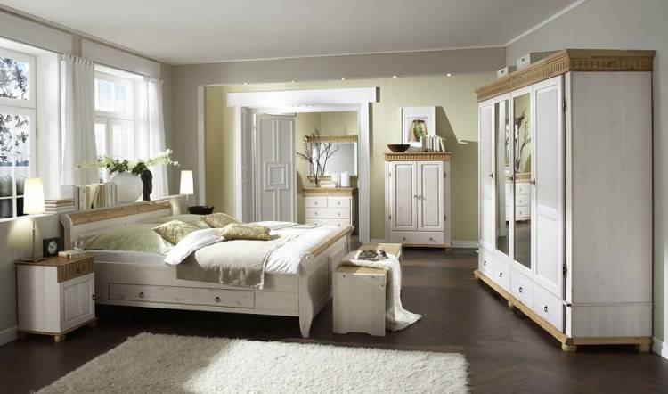 Full Size of Schlafzimmer Schrank Weiss Holz Komplett Massiv Atemberaubend Weis Eichefarben Weia Online Kaufen Xxxlutz
