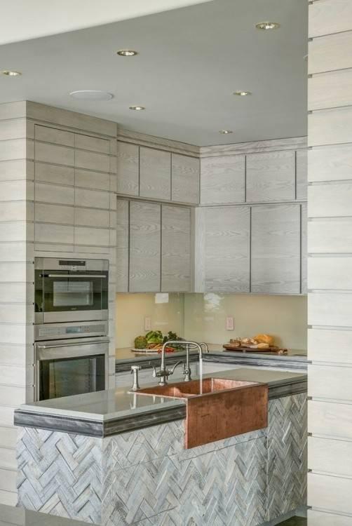 moderne Küche Greige Taupe weiße Arbeitsplatte Neue Küchenideen aus Pinterest und 8 sich daraus entwickelnde Trends