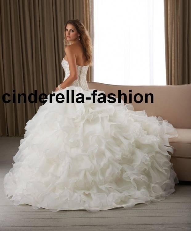 Großhandel Elegante Ballkleid Brautkleider Cinderella Plus Größe Weg Von  Der Schulter Spitze Land Kirche Hochzeitskleid Vintage Fantastic Brautkleid  2019