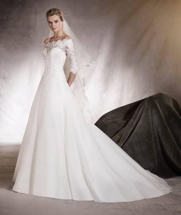 Hochzeitskleid Mit Carmenausschnitt