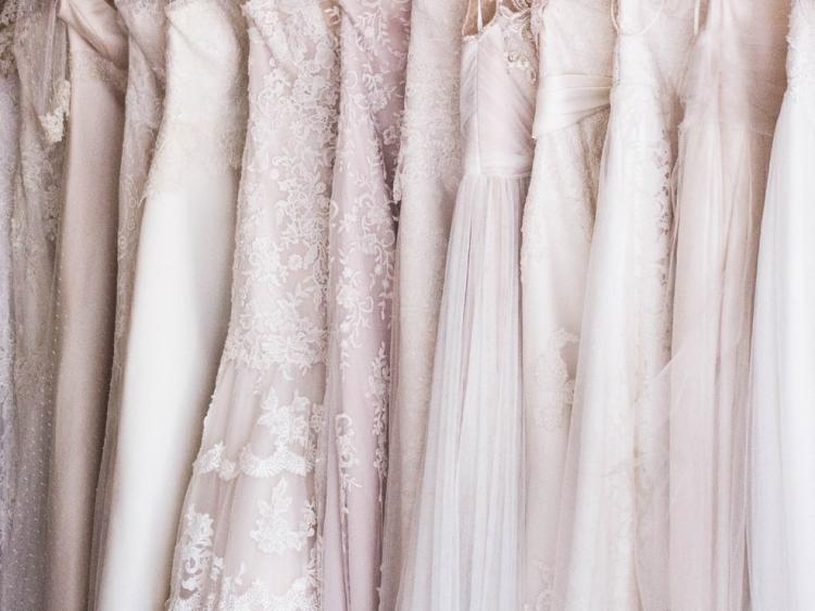 2018 Neueste Frühling Arabisch Brautkleid Langarm Pailletten Sexy Tüll  Backless Gericht Zug Brautkleider Afrikanische Brautkleider