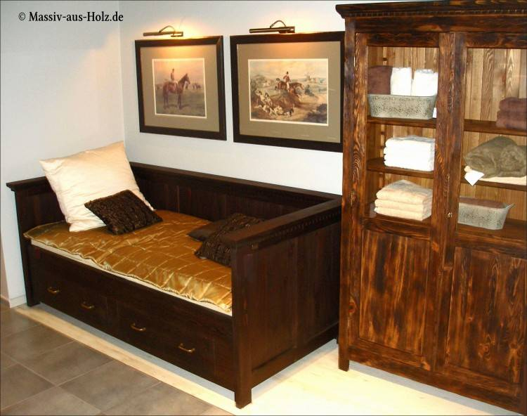 kleines holz mit mass altes ideen gestalten kleiderschrank komplett schrage wande design schlafzimmerschrank schlafzimmer modern weiss