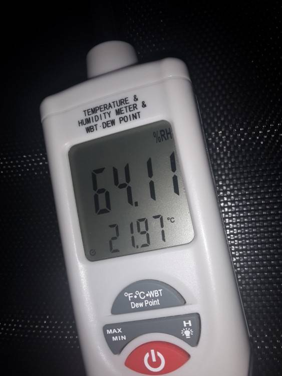 Luftfeuchtigkeit  70 – 75%