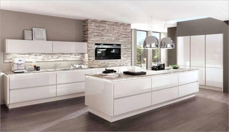 Offene Küche mit Wohnzimmer – Pro, Contra und 50 Ideen #küche #deutschküche #küchenbau