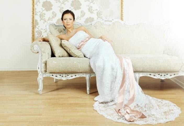 LZ175 Empire Elegant Halfter Romantic Vintage Spitze Hochzeitskleid