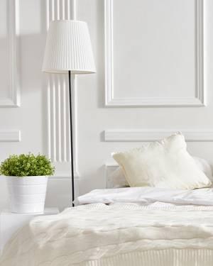 Landhaus Schlafzimmer Eva Massivholz weiß grau