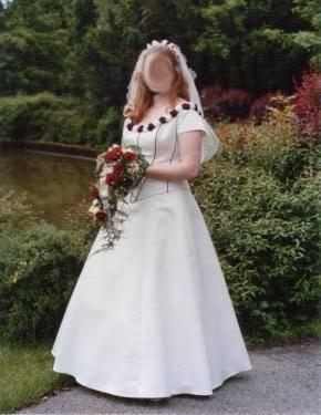 Brautkleid Hochzeitskleid von Sincerity in creme bordeaux rot Größe  36/38 3