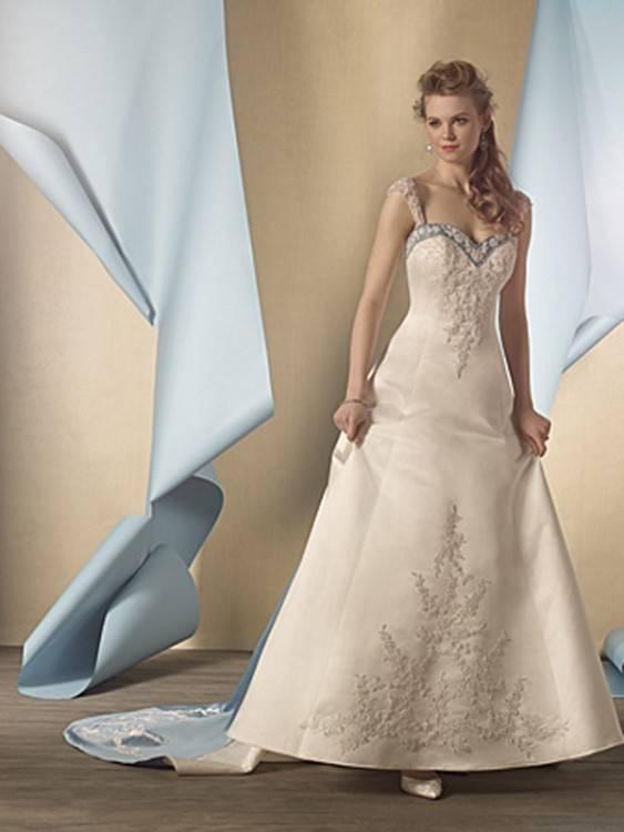 Elegante Champagner Brautkleider / Hochzeitskleider 2018 A Linie  Perlenstickerei Spitze Blumen Applikationen Off Shoulder Kurze Ärmel  Rückenfreies