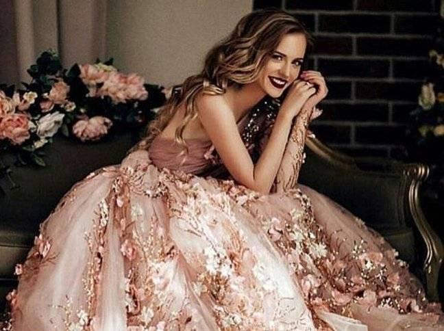 Extravagante Brautkleider Spitze Weiß Günstig A Line Hochzeitskleider Online