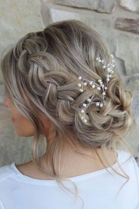 Schicke Kleider Für Hochzeitsgäste Einfache Frisuren Hochzeit