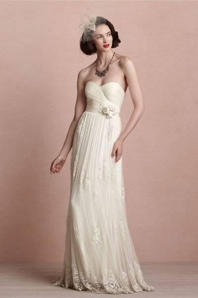 Brautkleid, Hochzeitskleid, Schützenfest, Hofstaat, Blumen, Agnes, Creme