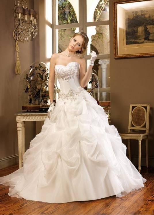 Hochzeitskleid/Brautkleid creme, barock, Gr