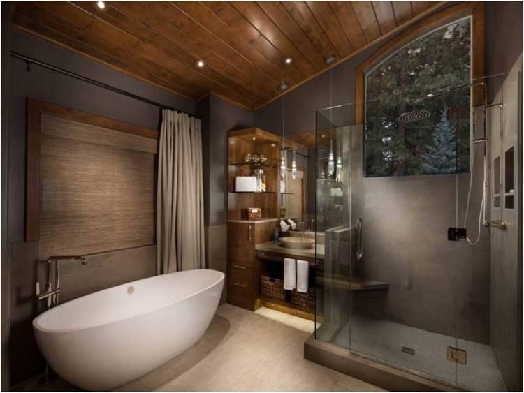 Freistehende Badewanne im Bad – 50 luxuriöse und zeitlos elegante Gestaltungsideen
