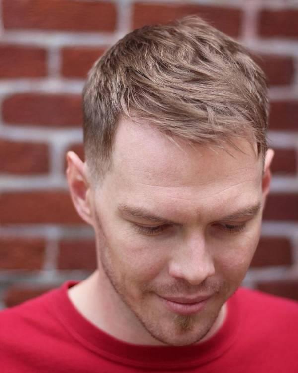 frisuren mit geheimratsecken für männer haarschnitt haaransatz verdecken  ivy league Frisuren mit Geheimratsecken für Männer – Passende Varianten für  den