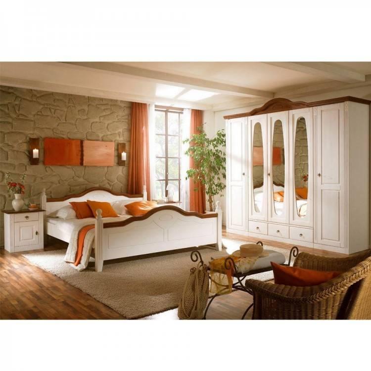 Schlafzimmer Mabel Im Landhausstil Aus Massivholz Betten Massive Rattanbetten In Stabiler Qualitat Unsere Rattanbetten Werden Aus