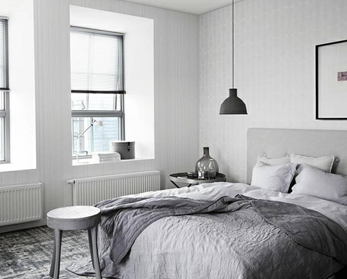 Die Details bei der Schlafzimmer Einrichtung: Nachttischlampe im Fokus