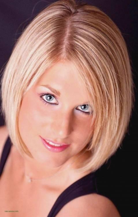 Mittellange Frisuren für Frauen 2011