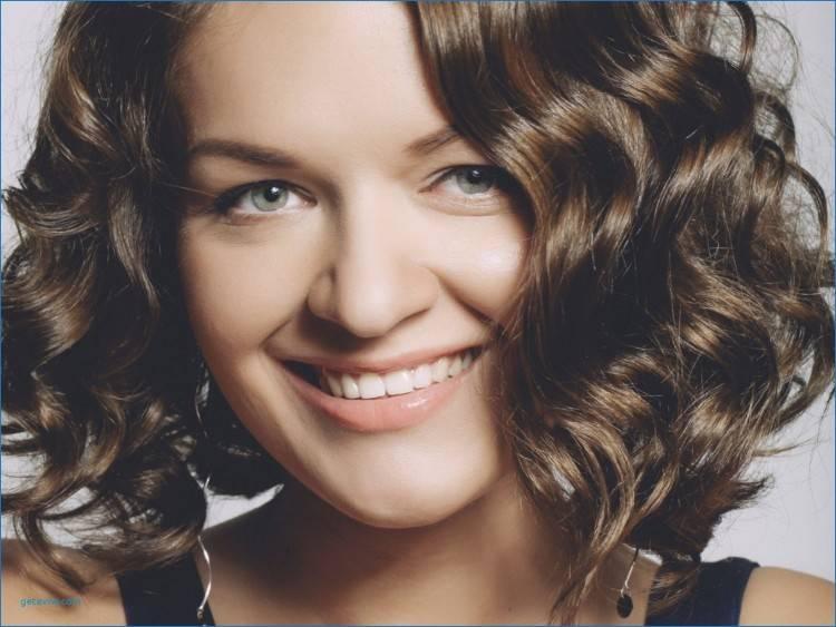 Frisuren Frauen Hohe Stirn Frisuren fur ovales gesicht