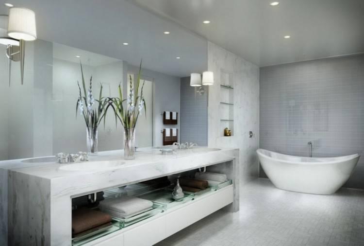 Im Bad den Fliesenspiegel und andere Bereiche mit Mosaik gestalten Quelle: deavita
