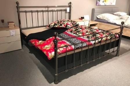 Schlafzimmer Mira 4