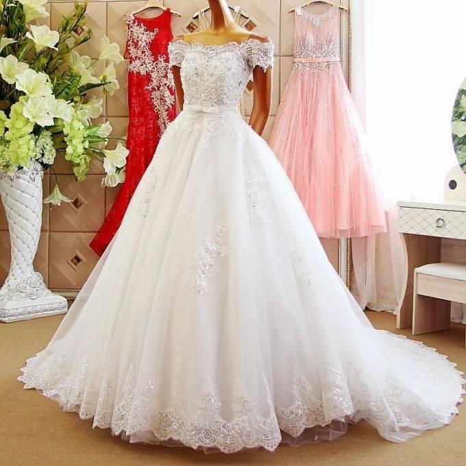 Großhandel Heißer Verkauf Einfache Landhausstil Hippie Brautkleider 2018 O  Neck Long Sleeves Tee Länge Brautkleider Plus Size Maß Hochzeitskleid Von