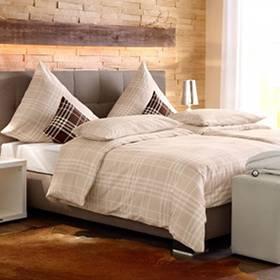 #WGZimmer #Schlafzimmer #Einrichtung #Metallbett #Kleiderstange