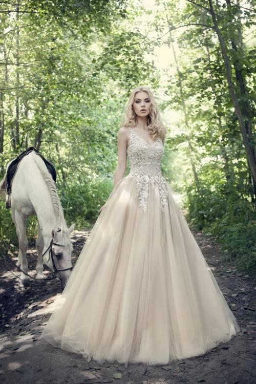 Großhandel Cinderella Blue Brautkleider Cosplay Mädchen Party Kleider  Ballkleid Organza Romantische Brautkleider Auf Lager Schnelle Lieferung Von  Missudress