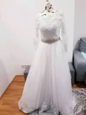Großhandel Vintage Arabisch Brautkleider Prinzessin Milla Nova Hochzeitskleid  Spitze Applique Türkei Country Western Brautkleider Ribbon Sash Tüll  Kleider