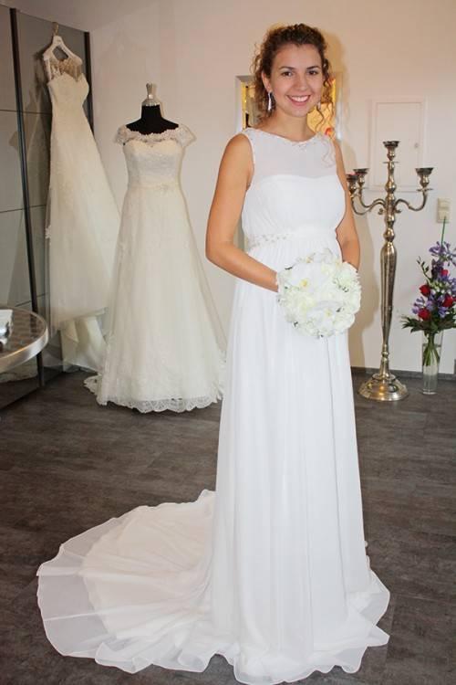 brautkleider Hochzeitskleid mit Chantilly Spitze Applikationen, brautkleider 2016, brautkleider spitze, brautkleider lilly, brautkleider