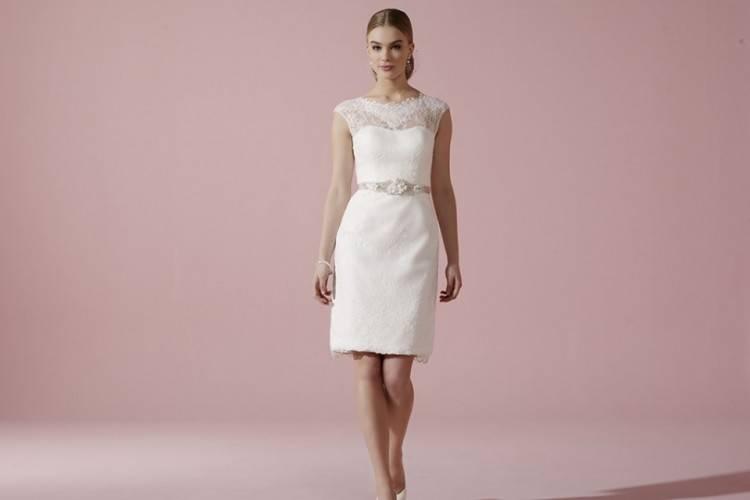 Großhandel Knielangen Brautkleider Spitze Strand Langarm Böhmischen Hochzeit Brautkleid Kurz Billig Brautkleid Von Missudress, $110