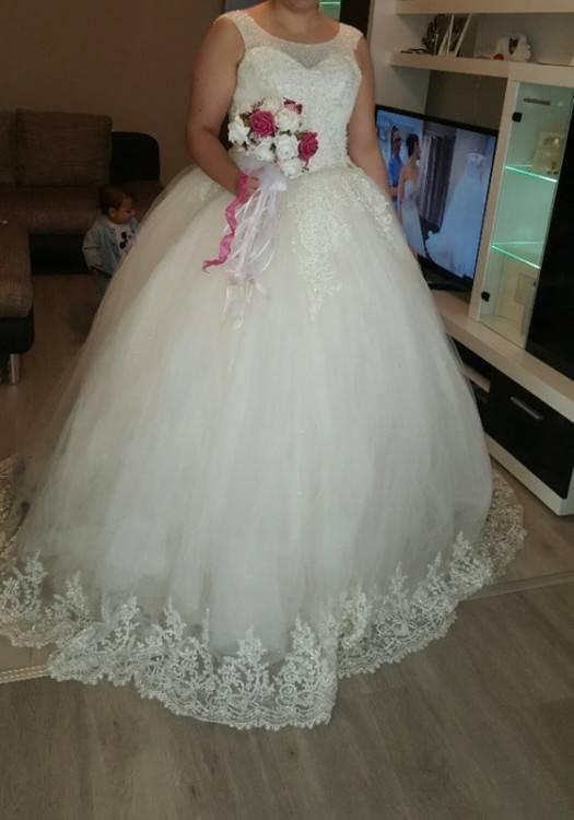 Großhandel Western Style Eine Linie Plus Size Hochzeitskleid Tüll Rock Sexy Illusion Mieder Ärmellos Brautkleid Brautkleid ADPW009 Von Andybridaldress,
