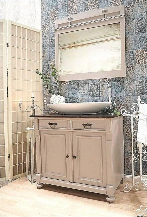 Natürlich mit Stil: Bad Ideen im Landhausstil mit freistehender Badewanne