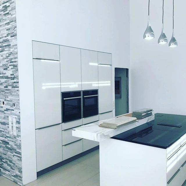 Größte Wandabdeckung Küche – Küchen Neubau – Lang Küchen Ag bestimmt für Wandabdeckung Küche Geschrieben von Opithought96 beim July, 8 2018 mit tags: küche