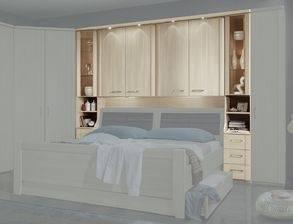 schönes , komplettes Schlafzimmer (Überbau)