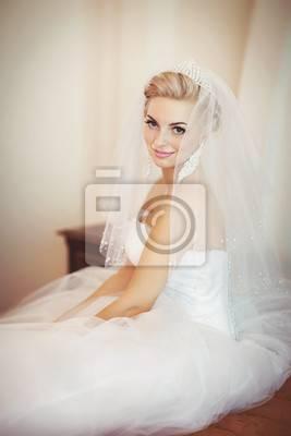 com VerfügtDramatische Scoop Neck Backless Blumen Hochzeitskleid Hochzeitskleider 2017