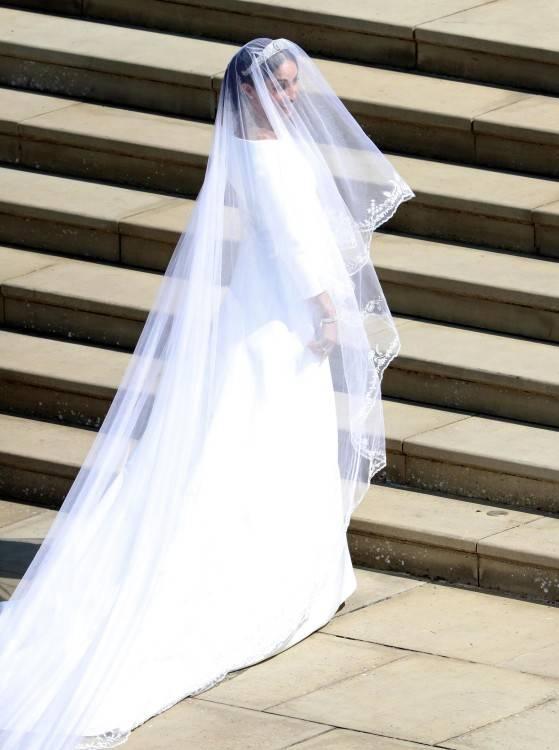 Das frischvermählte Brautpaar Pippa Middleton und James Matthews verlässt  die Kirche