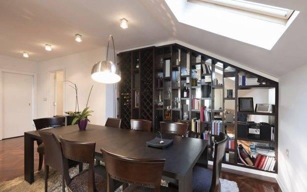 Mit einem Einbauschrank als Raumteiler entsteht in einem Schlafzimmer eine Ankleide, in einem Wohnzimmer ein kleiner Arbeitsraum, wird die Küche optisch vom