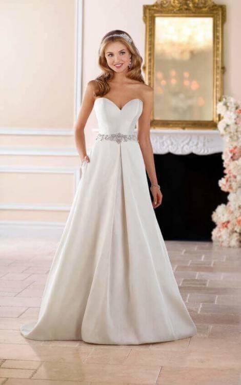 Brautkleider mit Taschen: Madison, Pronovias