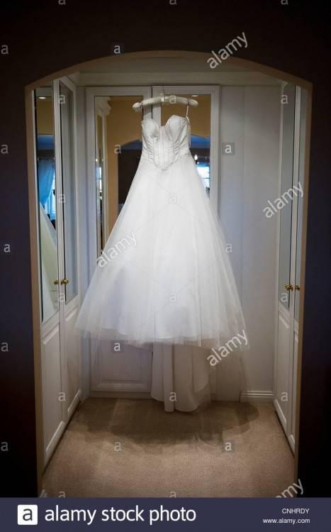 Hochzeitskleid Brautkleid elfenbein Gr