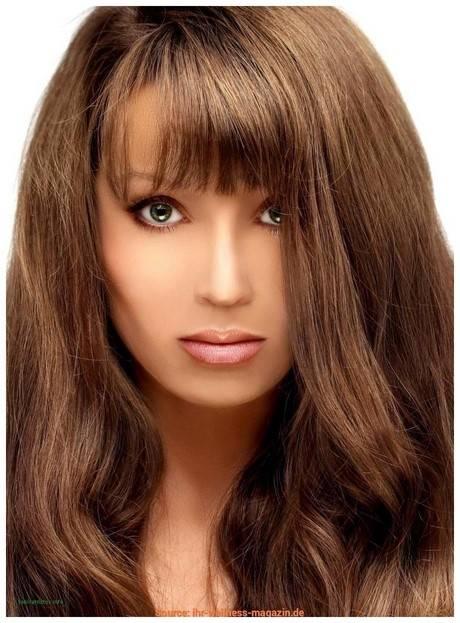 Diese Frisur von ihr find ich total schön, hab ich mir auch schon mal so ähnlich nachschneiden lassen (ohne Pony, ich trau mich nicht