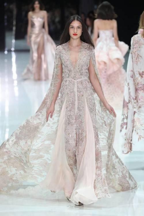 Großhandel 2019 Neues Design Meerjungfrau Hochzeitskleid Mit Cape Von Zhanhuawedding, $787