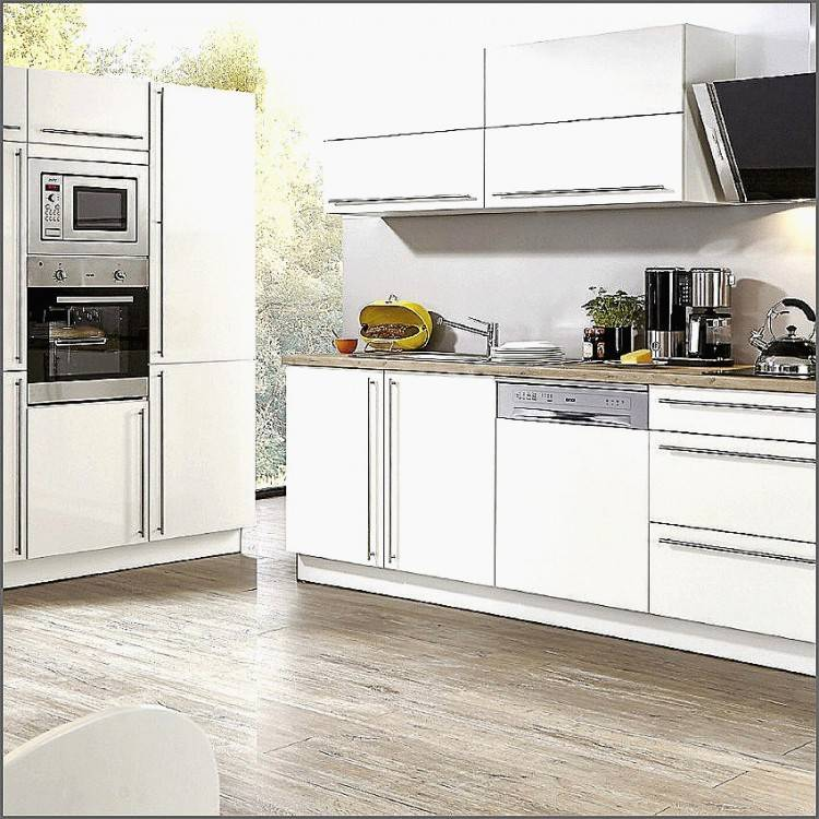 Bei einer kleinen Küche mit Essplatz sollten sie den vorhandenen Stauraum optimal nutzen