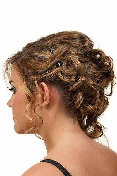Brautfrisuren für lange Haare – 60 romantische Ideen