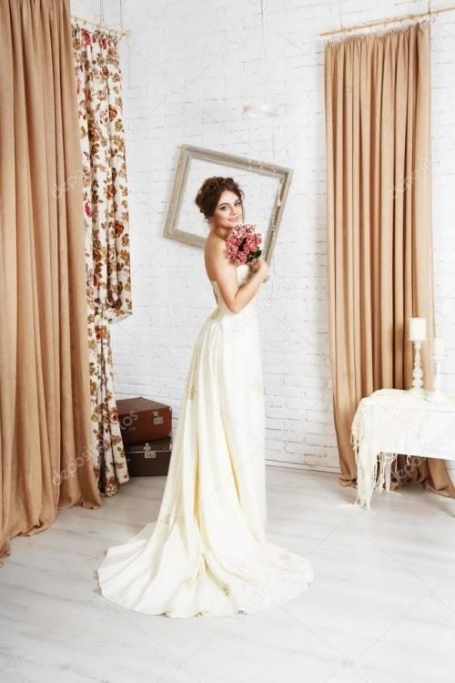 Cloverbridal Hochzeitskleider Für Damen Weiß Standesamt Kurz Tüll  Spitze Tiefer Rücken A Linie Champagner Brautkleider B07C8BC7VZ