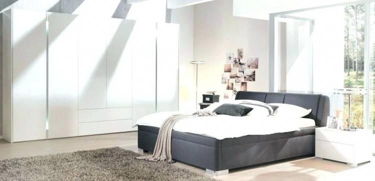 ein schlafzimmer in grau