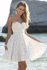 Cloverbridal Damen Hochzeitskleider A Linie Elegant Lange Ärmel Spitze Von der Schulter Brautkleider mit Zug: Amazon