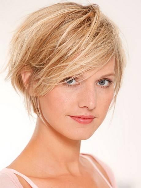 frisuren mit geheimratsecken für männer haarschnitt haaransatz verdecken  Frisuren mit Geheimratsecken für Männer – Passende Varianten für den  Haaransatz